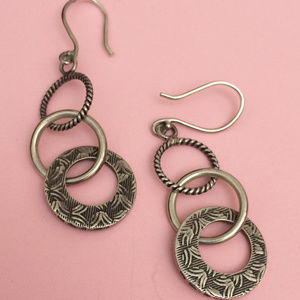 W1616 Silpada TRIPLE THREAT Earrings